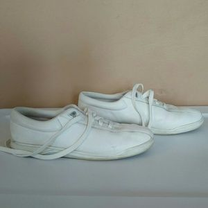 I Love Comfort Size 8.5 White Sneakers